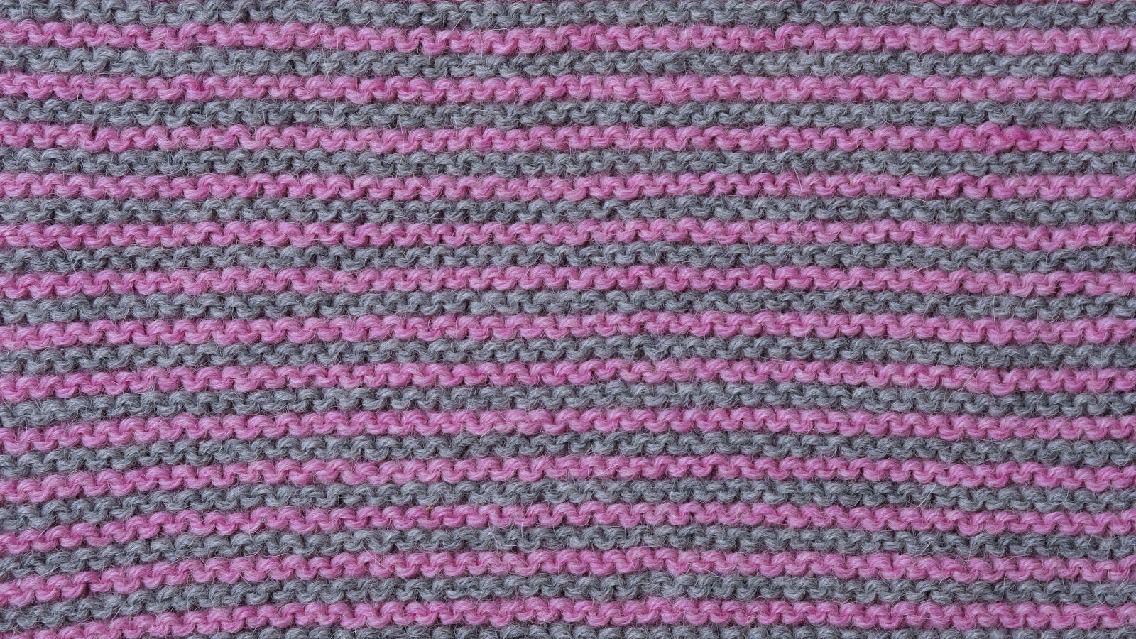 two color garter stitch right side