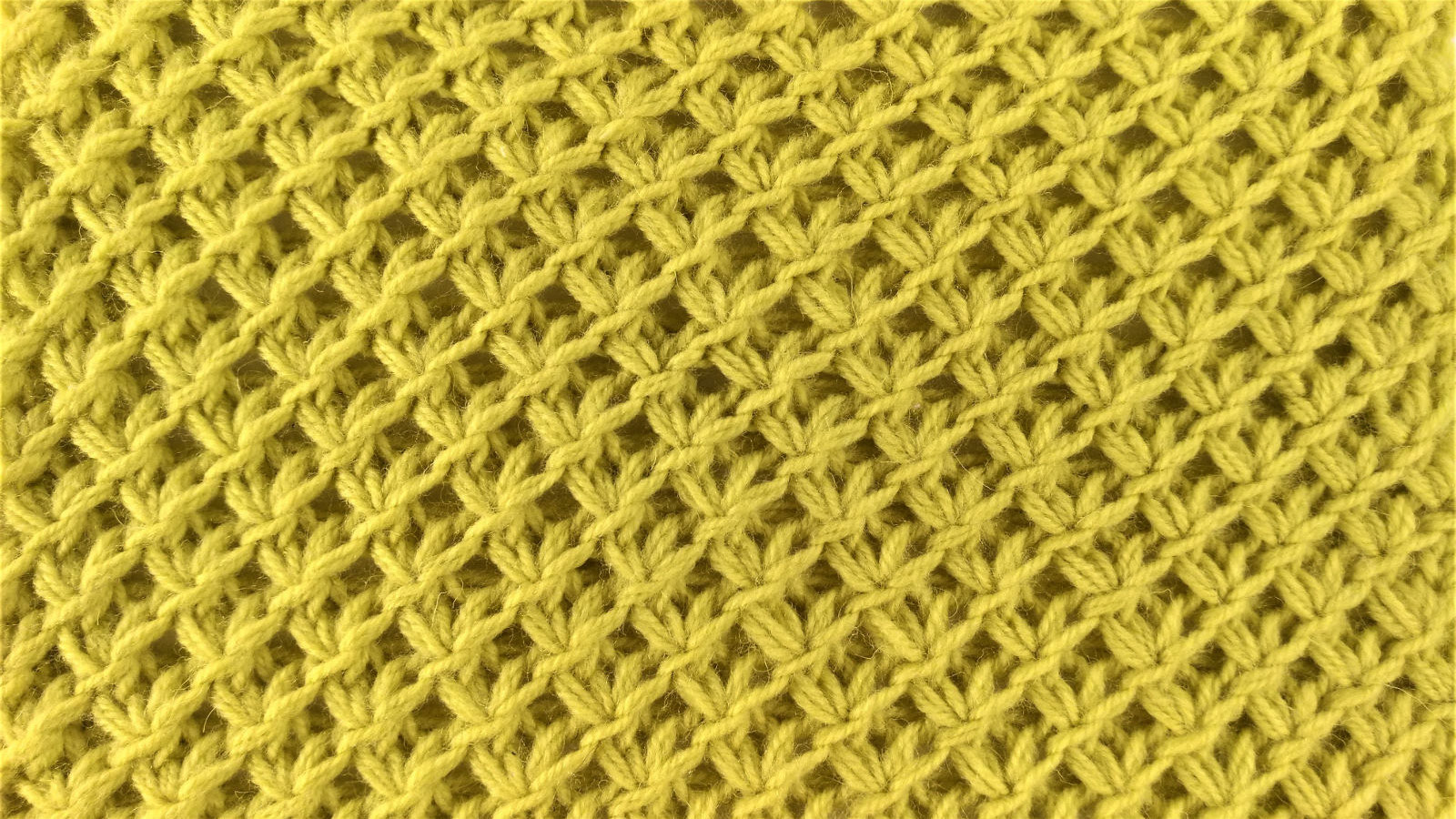 diagonal knot stitch right side